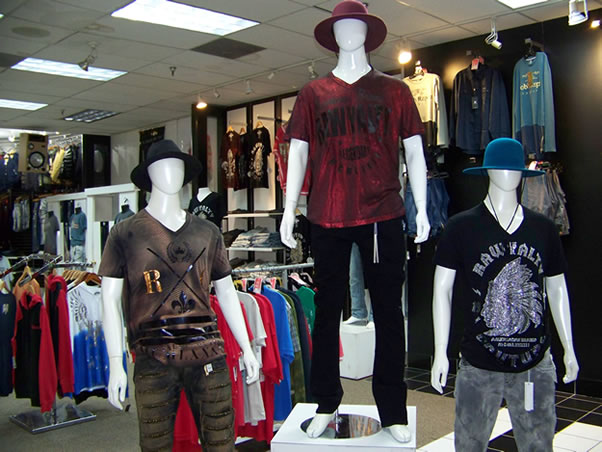 DEE: Hook up clothing store greenspoint mall